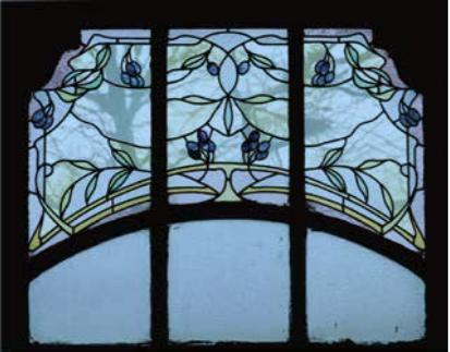 1. Vitrail Art Nouveau, Charleroi, c. 1900 (Musée du Verre de Charleroi, photos : Vincent Vincke).