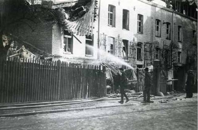 2. Incendie du moulin Dispa, 1906 Province de Liège. (Musée de la Vie wallonne).